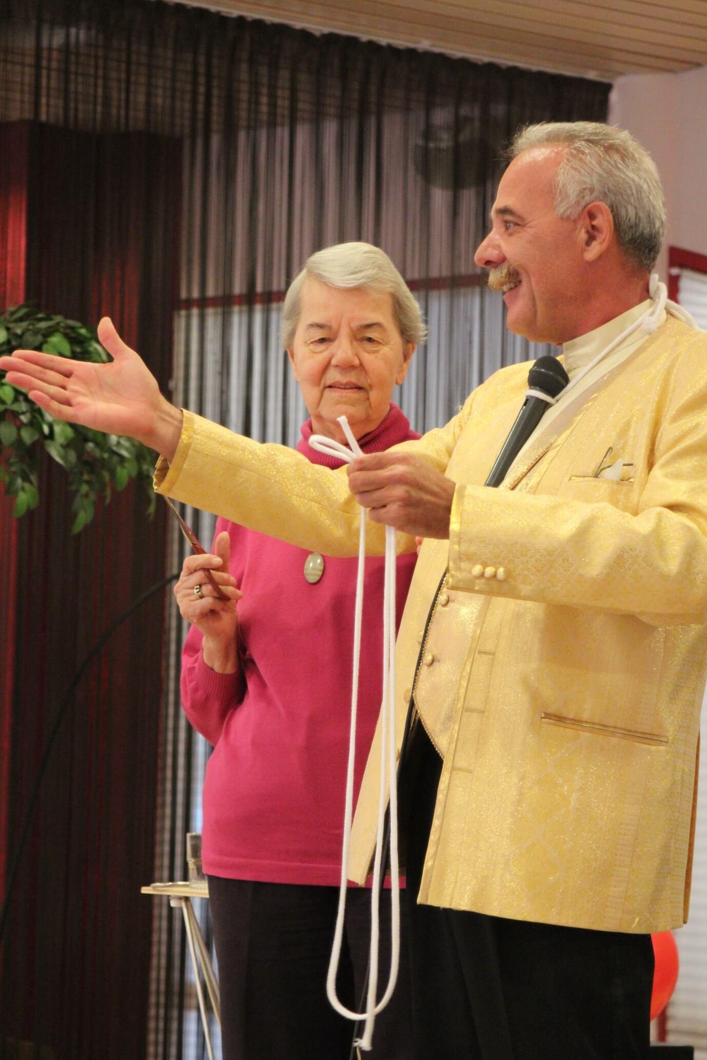senioren goochelshow - henk romeijn